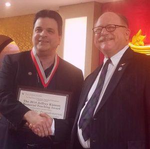 Billy Pappademetriou receives the 2018 Jeffrey Kimont Memorial Teaching Award
